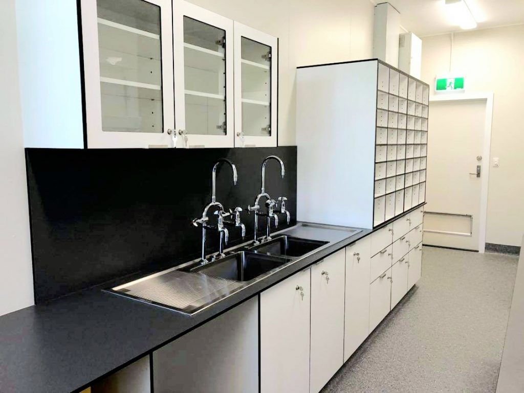WOODFORD STATE SCHOOL SCIENCE LAB 3